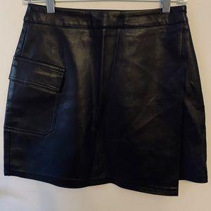 LF Store Dress Decode Faux Leather Mini Skirt⭐️NWT